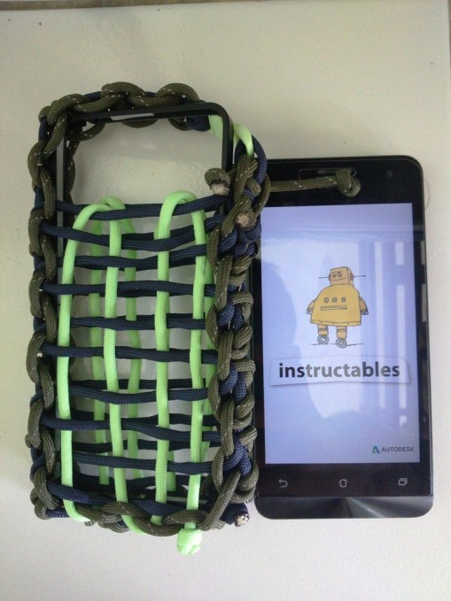 Paracord Phone Pocket