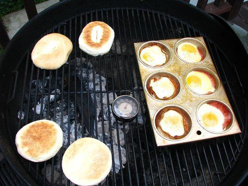 Muffin Tin Bacon and Eggs